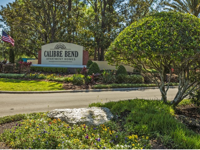 Calibre Bend Apartments